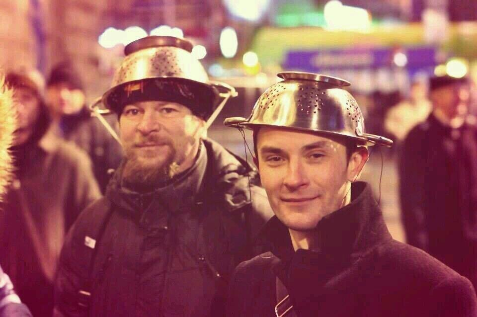 Hope these 2 b'ful men, from January 2014, #EuroMaidan Ukrainian Spring Uprising, are safe & alive! #UkraineElections